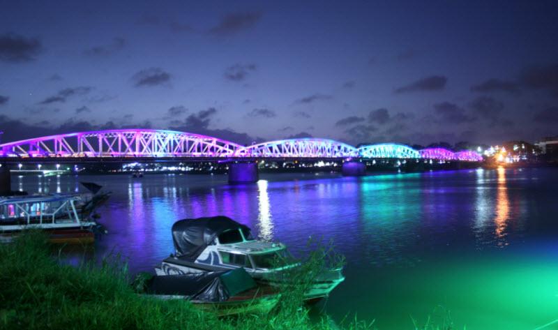cam nhan ve dep cua song huong trong ai da dat ten cho dong song - Cảm nhận vẻ đẹp của sông Hương trong Ai đã đặt tên cho dòng sông