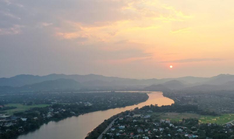 unnamed file - Phân tích sông Hương là người mẹ phù sa của một vùng văn hóa xứ sở