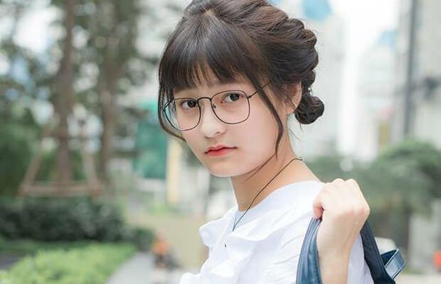 gai xinh di hoc dep - Cảm nhận vẻ đẹp nhân vật ông Hai trong truyện ngắn Làng