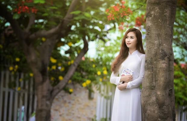 hoaphuong 20 - Cảm nhận vẻ đẹp tâm hồn nhân vật Liên trong truyện Hai đứa trẻ
