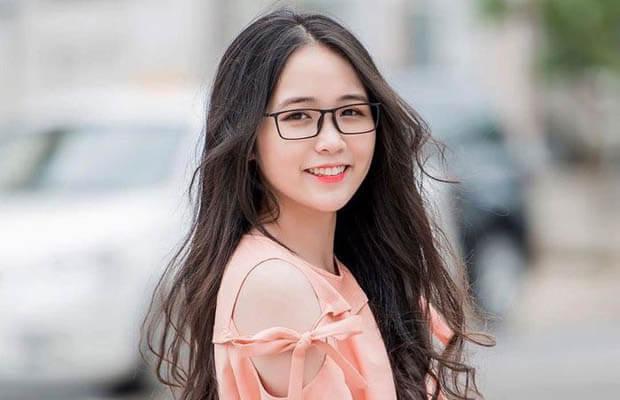 nu sinh 20181115 040157 - Cảm nhận về bài Chiều tối của Hồ Chí Minh