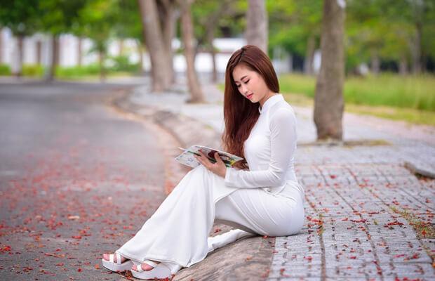 nu sinh dep mo95757972 - Cảm nhận vẻ đẹp nhân vật ông Hai trong truyện ngắn Làng